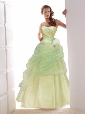 e65ee8456fd Robe verte et blanche robe mariée de couleur