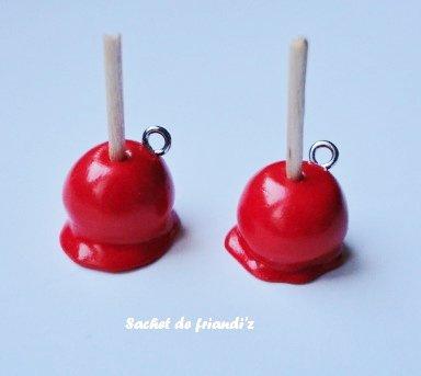 Breloques pommes d'amour