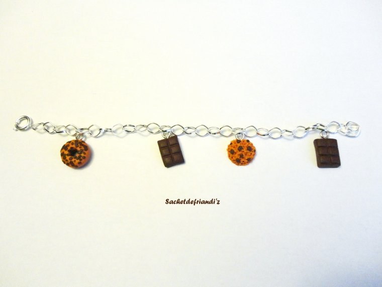 Bracelet breloques chocolat