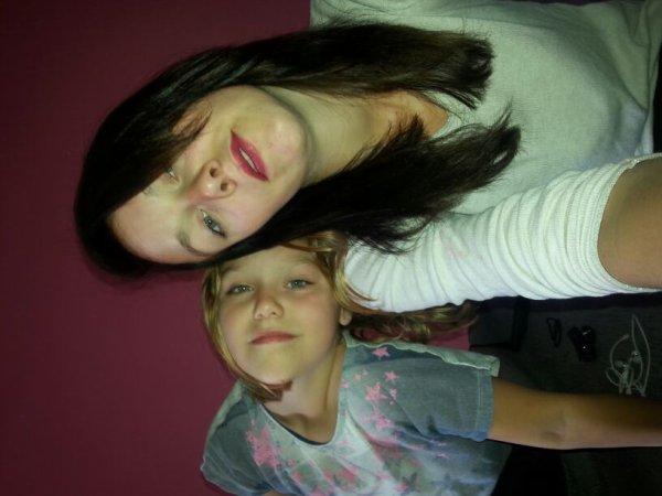 Avec la petite soeur d'amour