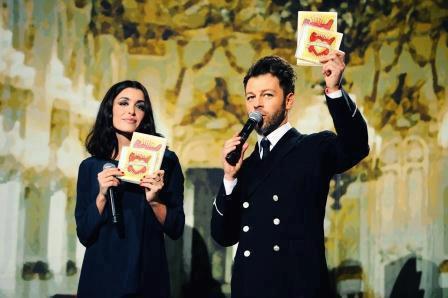 christophe mae et jenifer aux enfoiré 2012