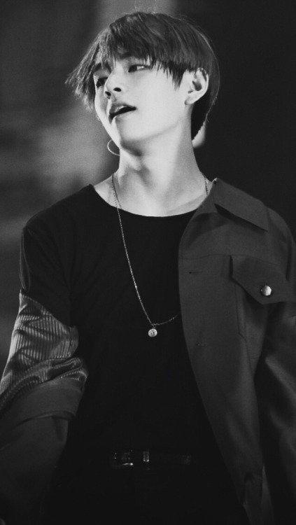 TaeHyung - Le bad boy ( à réserver )