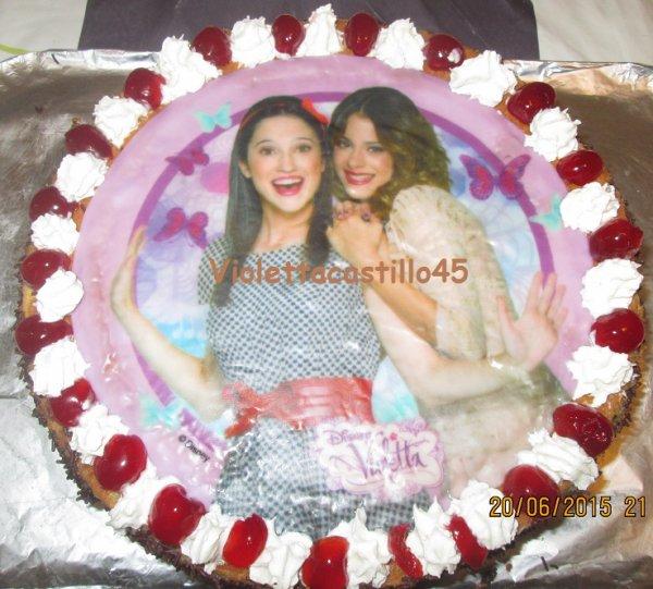 Qu'est ce que vous pensez de ces gâteaux ? Voter s'il vous plait pour celui que vous préférez !