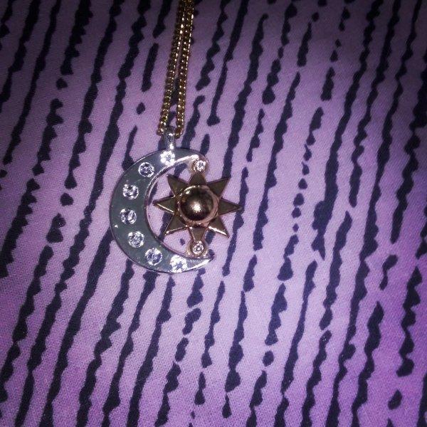 Le médaillon de Luna !! :o