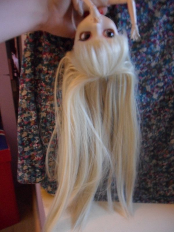 Tuto coiffure n°1 : Queue de cheval à la baby doll