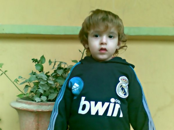 Tjr Mon NeuVeu ilyàSs En MoDe Real Madrid :)