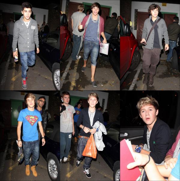.De nouvelles photos du groupe à la sortie de X Factor. Top ou Flop ?.