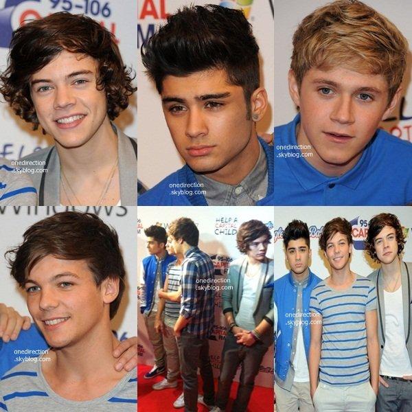 •  4 Décembre : Les One Direction étaient présents à l'évènement musical Jingle Bell Ball.
