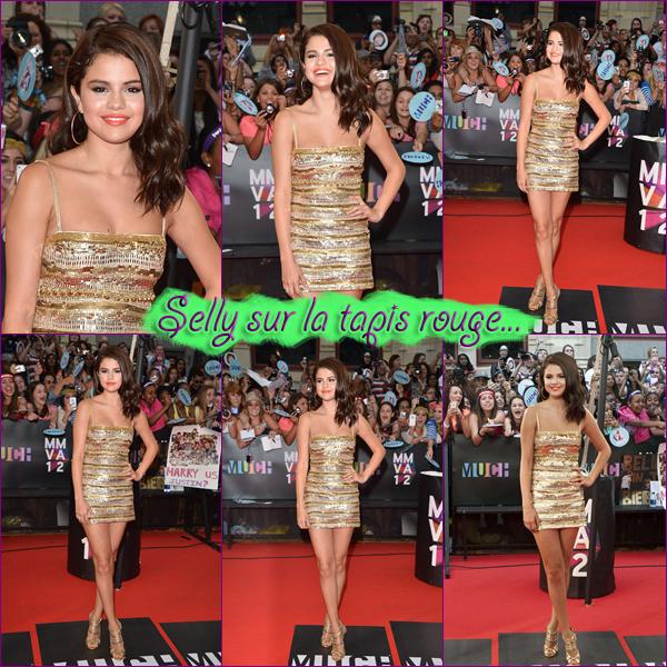 17 Juin 2012 ; Sel aux MMVA's (tapis rouge) + pendant le show + Fan / Events + Show + Photos de fans