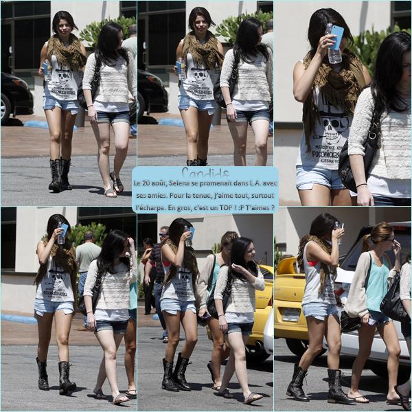 20 Août 2012 ; Selly se promenant dans L.A. + Photos perso et de fans / Candids + Divers