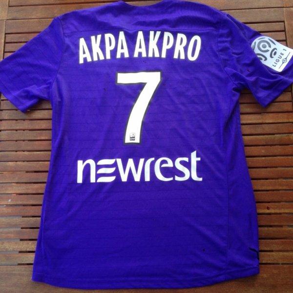 Saison 2015/2016:MAILLOT porté par AKPA AKPRO lors d'ANGERS/TFC