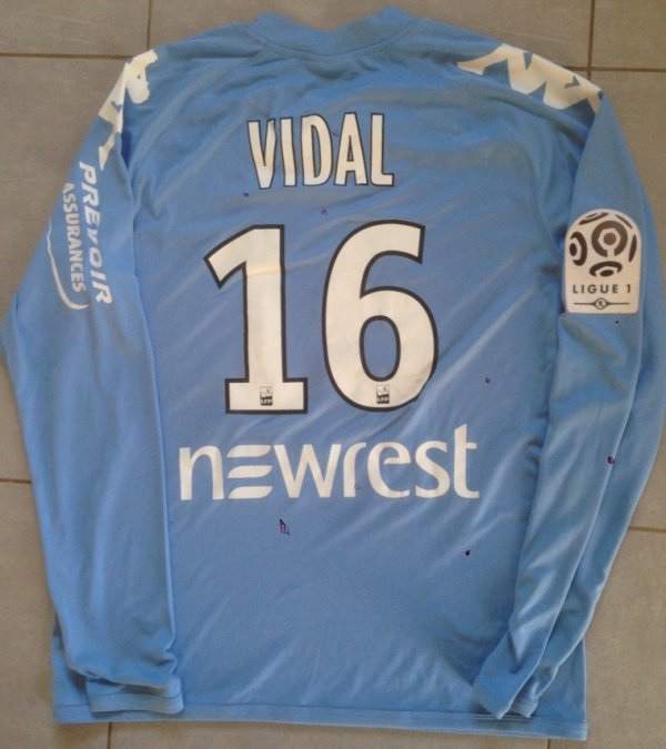 Saison 2015/2016 maillot préparé pour Marc Vidal ( 4eme gardien)