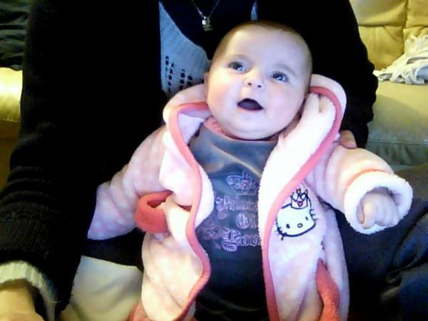 ma petite fille abygaelle