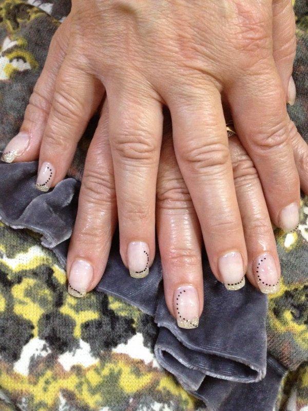 ongles gel paillettes bleu/vert