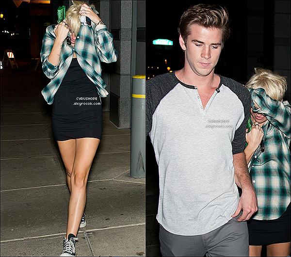 . 13/08/2012 - Miley Cyrus et Liam se baladaient dans les rues de Philadelphie..