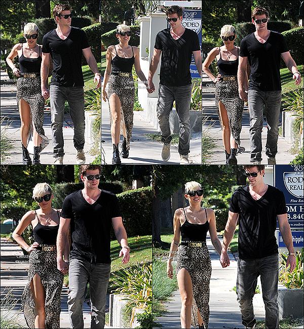 . 19/10/12 : Miley et Liam ont été vus, main dans la main, à Studio City. - Réconciliés? .