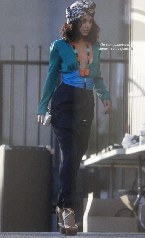 Za-Nessa-SourceJeudi 16 décembre : Vanessa sur le plateau d'un shoot portant du Gucci.Za-Nessa-Source