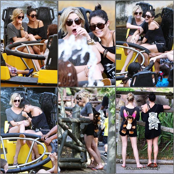 Za-Nessa-Source 03 /03 /12: Veunessa et Ashley Benson au parc d'attraction Busch Gardens. C'est que ça bosse dur !