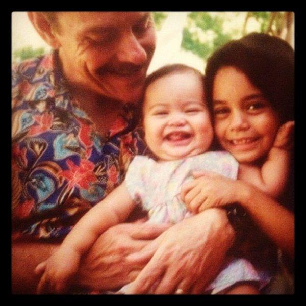 Za-Nessa-SourcePhoto postée sur Instagram par Gina, pour l'anniversaire du papa de Vanessa.Za-Nessa-Source