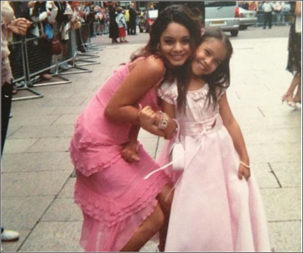 Za-Nessa-SourceMama Hudgens a posté deux photos de ses fi-filles.Za-Nessa-Source