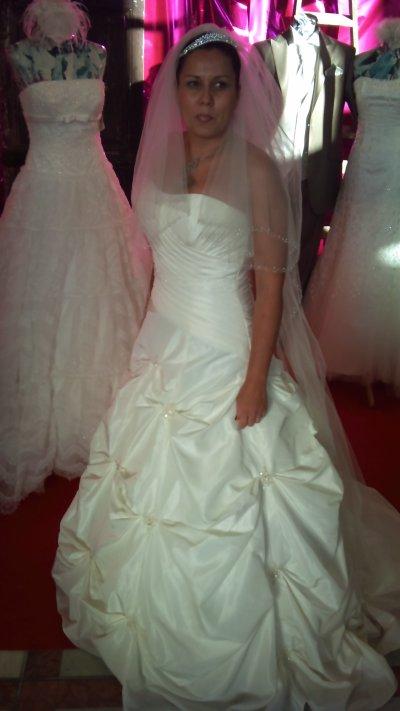 salon du mariage a st raphael le 6 novembre pour le magasin princesse de draguignan
