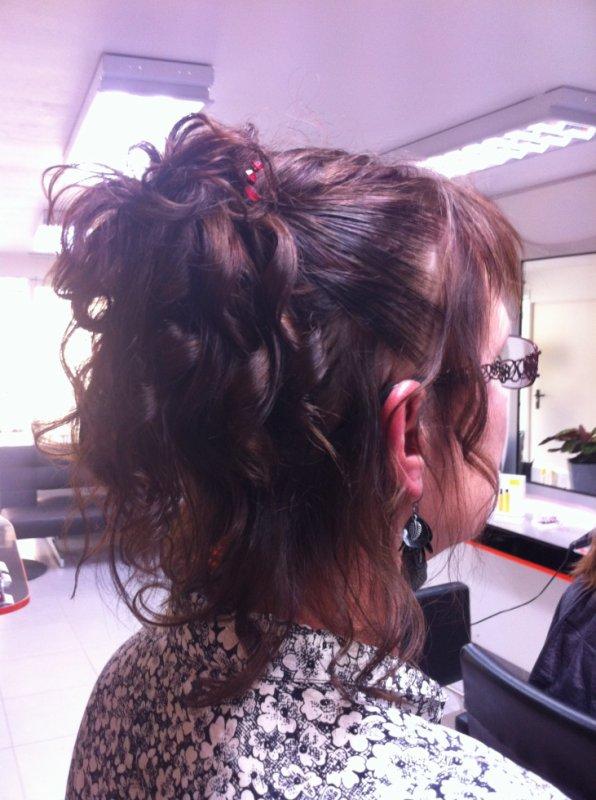 chignon flou cheveux courts - tribal