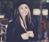 Mama-Lavigne-Sky