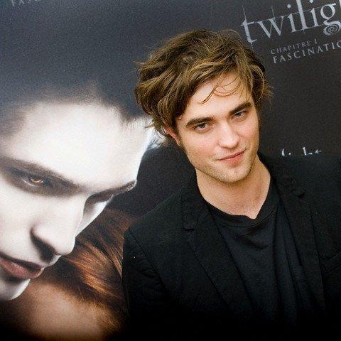 Robert Pattinson veut éviter les médias !
