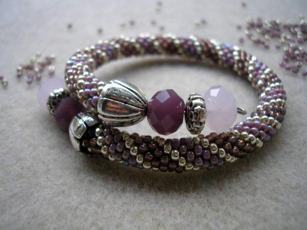 Petit bracelet crocheté