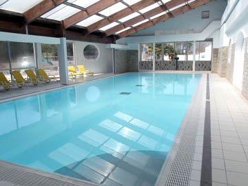 Alors, voici les piscines du camping dont vous aurez accès si vous louez.