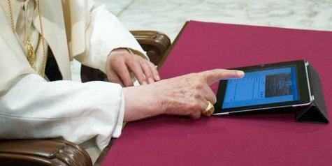 Benoît XVI propose un regard positif sur les réseaux sociaux