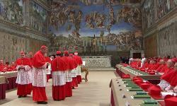 Extra omnes...et les cardinaux sont en conclave