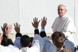 """Le Pape François: """" Soyez des gardiens des dons de Dieu """""""