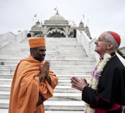 Rencontre entre le cardinal Tauran et une délégation hindoue