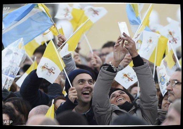 Visite en Toscane : le Pape a rencontré le monde des travailleurs à Prato