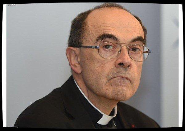 Le cardinal Barbarin demande pardon aux victimes de prêtres pédophiles