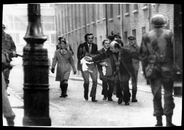 Décès de Mgr Edward Daly, bâtisseur de paix en Irlande du Nord