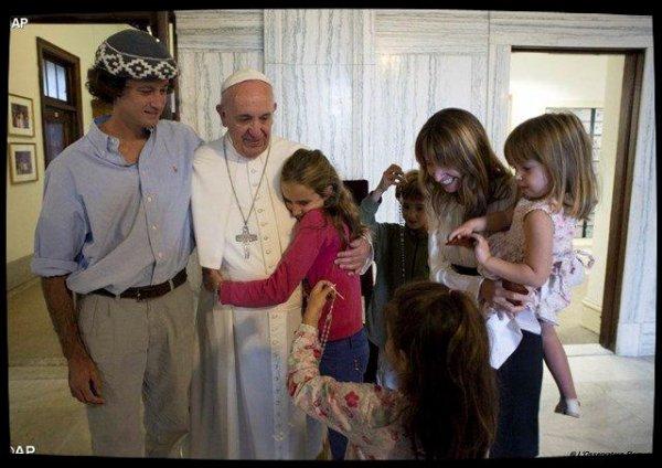 Institution du Dicastère pour les Laïcs, la Famille et la Vie