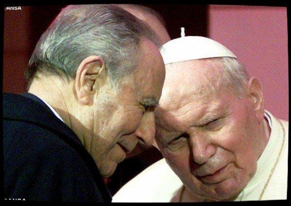 Le Pape salue la figure de Carlo Azeglio Ciampi décédé à l'âge de 95 ans