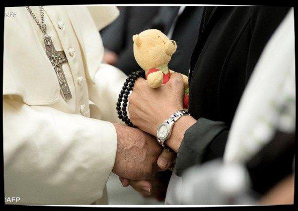 Douleur et émotion des victimes de l'attentat de Nice face au Pape