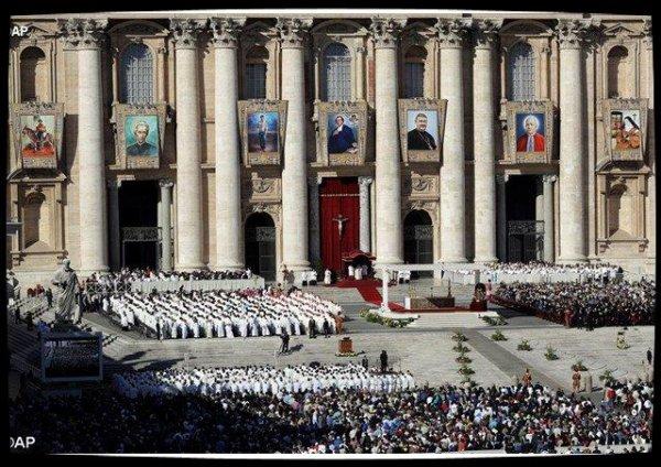 «Les saints entrent jusqu'au fond dans le mystère de la prière»
