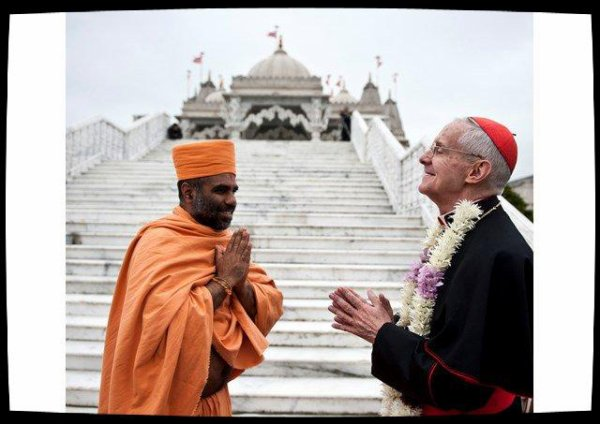 Le cardinal Tauran encourage le dialogue entre chrétiens et hindous