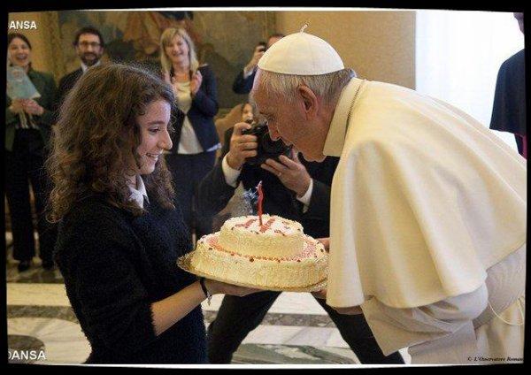 Pour ses 80 ans, le Pape désire des gestes concrets envers les pauvres