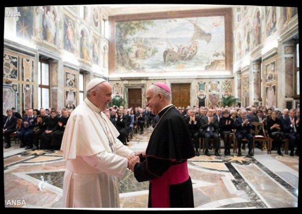 Le Pape remercie personnellement les organisateurs du Jubilé de la miséricorde