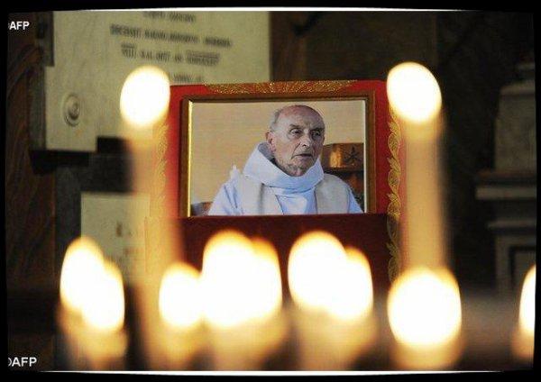 Le père Hamel «fête son premier Noël dans la pleine lumière»