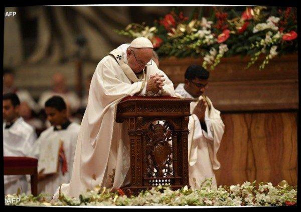 Messe de la nuit de Noël et Homélie du Pape François