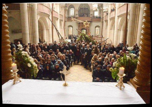 Les chrétiens d'Alep célèbrent Noël dans l'espérance