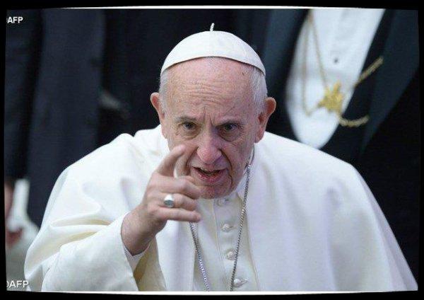 Mutinerie au Brésil : le Pape François prie pour les victimes