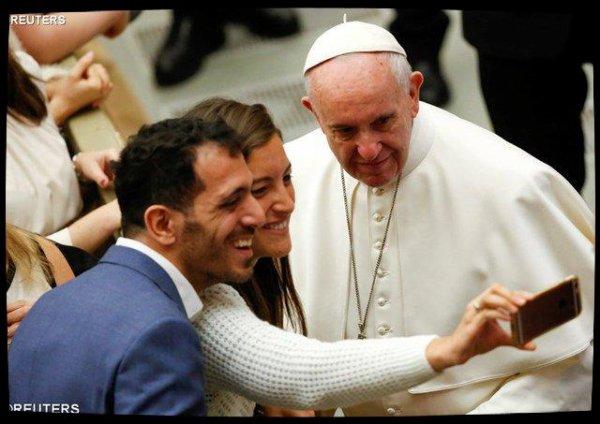 Le Pape à l'audience : partager la douleur pour donner espoir