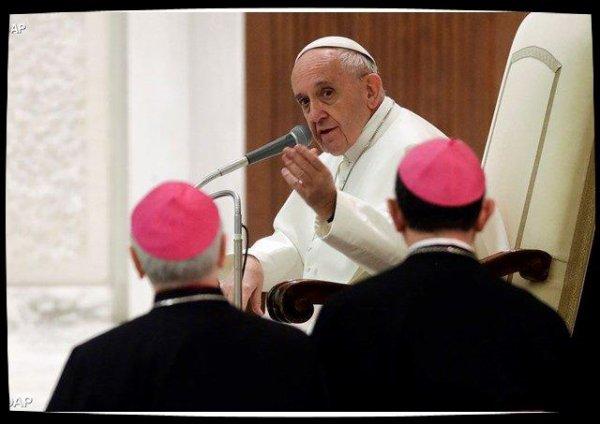 Le Pape encourage un accueil dynamique des vocations en Italie